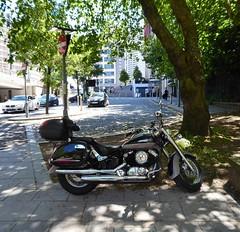 Daelim  Daystar (metrogogo) Tags: daystar motorbike birmingham outside daelim