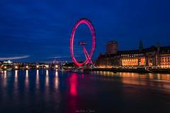 Red In Blue (_Amritash_) Tags: londoneye longexposure nighttimelongexposure bluehour londres cocacolalondoneye aquarium nightlights cityscape thames river