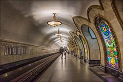 Mosca ,  Novoslobodskaja ... (miriam ulivi - OFF/ON) Tags: miriamulivi nikond7200 russia mosca metropolitana stazione novoslobodskaja people moscow subway