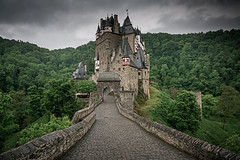welcome to the castle (freiraum7) Tags: sony a7rii i a7rm2 fe 24105mm f4 g oss