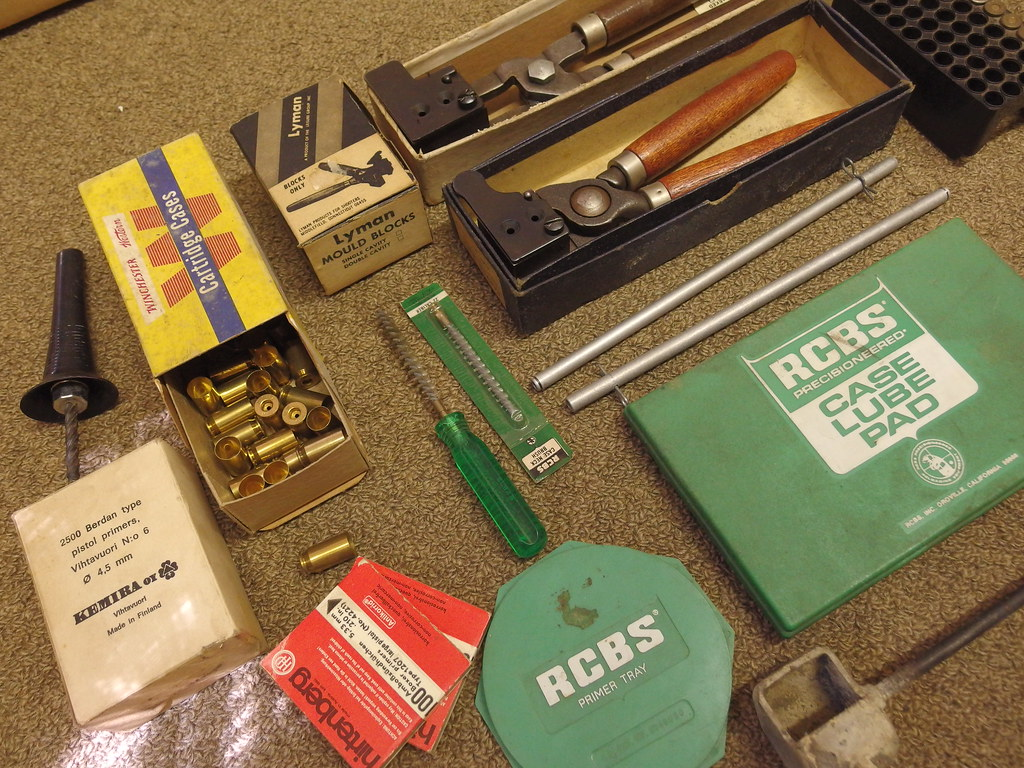 The World's Best Photos of reloading - Flickr Hive Mind