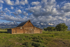 T A Moulton Barn - Grand Teton National Park, Wyoming (raddox) Tags: wyoming grandteton nationalpark tamoultonbarn barn moulton mountain mormon mormonrow farm
