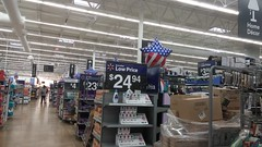 Patriotic balloon reminds me to say, hope you all had a nice Independence Day! (Retail Retell) Tags: olive branch ms walmart goodman road i22 hwy 78 craft desoto county retail post remodel black decor 22