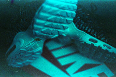 (Just A Stray Cat) Tags: nike airmax air max kodak farbwelt 800 expired tuned tn jdi just do it sneakers trainers swoosh 35mm 35 mm film analog analogue olympus stylus epic mju ii