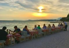 beachfront dining at sunset - Podstrana, Croatia (jeffglobalwanderer) Tags: beachfront beachdining alfresco diningwithaview sunset coastline split croatia europe podstrana beach beachlife adriaticsea sunsetglow