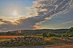 Crépuscule Ecouvien ! (Tonton Gilles) Tags: radon ecouves normandie avoise forêt domaniale decouves nuages soleil couchant rayons paysage champêtre flare
