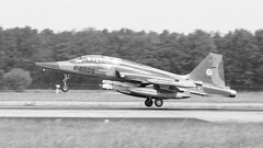 K-4006 1983-06-03 EHTW (Gert-Jan Vis) Tags: k4006 northrop f5 nf5b freedomfighter klu koninklijkeluchtmacht twenteafb 313sq 4006