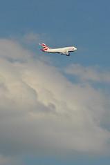 BA0293 LHR-IAD (A380spotter) Tags: takeoff departure climb climbout h2o cumulonimbus raincloud nimbus cloud sky boeing 747 400 gcivs toflytoserve emblem achievement crest coatofarms internationalconsolidatedairlinesgroupsa iag britishairways baw ba ba0293 lhriad runway09r 09r london heathrow egll lhr
