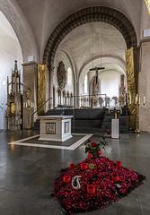 Stiftskirche St. Bonifatius in Freckenhorst (ulrichcziollek) Tags: münsterland freckenhorst gotik romanik romanisch kirche kirchenschiff altar
