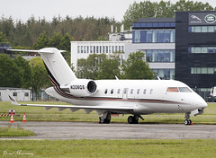 NetJets Challenger 604 N208QS (birrlad) Tags: shannon snn international airport ireland aircraft aviation airplane airplanes bizjet private passenger jet parked apron ramp n208qs bombardier inc cl6002b16 cl604 cl60 netjets fraction