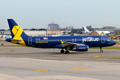"N775JB JetBlue Airways A320-232 ""Vets in Blue"" (JFK) (Alpha Victor Photo) Tags: airplane airliner aviationphotography airliners aircraft airline airlinerphotography aerospace airport arrival airplanes aviation airbusa320 johnfkennedyinternationalairport jetblueairways jetblue a320200 a320232 jfk kjfk commercialaviation commercialairliner commercialairplane commercialjet speciallivery specialcolors specialscheme spotting n775jb"