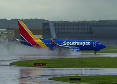 Southwest Airlines Boeing 737-7H4 N486WN (MIDEXJET (Thank you for over 2 million views!)) Tags: milwaukee milwaukeewisconsin generalmitchellinternationalairport milwaukeemitchellinternationalairport kmke mke gmia flymke southwestairlinesboeing7377h4wln486wn southwestairlines boeing7377h4wl n486w boeing7377h4 boeing737700 boeing737 boeing 737 737700 7377h4