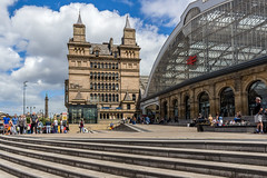 Lime Street (Philip Brookes) Tags: station railway steps architecture building street town city liverpool merseyside limestreet