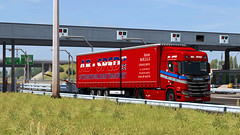ets2_20190706_223940_00 (Kocaa_009) Tags: scania scaniatrucks scaniav8 scaniar scaniar500 krone kronetrailers kronemegaliner megaliner toll road absped antonbolega slovakia abspedscania abspedontheroad euro6 eurotrucksimulator2 ets2 grass sky michelin tyres truck trailer traffic tree asphalt