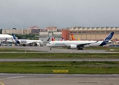A350-900_Airbus_F-WXWB_cn0001 (Ragnarok31) Tags: airbus a350 xwb a350900 a3501000 fwxwb fwmil