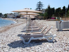 2019_lsnape_Mediterranean_sea_beach_sunloungers_pebbles_holiday_DSCF2891 (Star Rocker) Tags: spain costablanca mediterranean sea beach sunloungers parasols