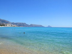 2019_lsnape_Mediterranean_CostaBlanca_Altea_beach_sea_DSCF2791 (Star Rocker) Tags: spain costablanca mediterranean altea sea beach coast calmwater crystalwater swimminginthesea holiday mountainview horizon