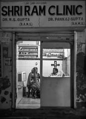 Dr. Ram - Takumar 50mm 1.4 (thomas.pirolt) Tags: india braj goverdhan radhakund streetphotography street streetlife sony a7 a7ii people portrait candid moment theindiatree old blackandwhite bw monocrome mono takumar smc 50mm 14 m42 50