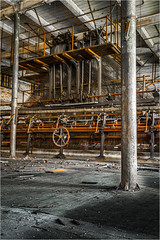 The Nottingham Loom (ronnymariano) Tags: factory urbex loom decay architecture old builtstructure indoors industry dirty scrantonlace abandoned 2016 lace scranton pennsylvania unitedstates