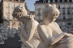 Voyage à Nantes 2019 - Reconstituer (claude44) Tags: nantes stephanevigny statue artcontemporain placeroyale installation