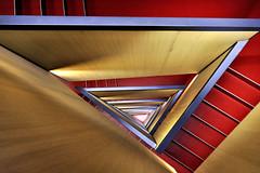 CaixaForum ZARAGOZA (a-r-g-u-s) Tags: stairs escaleras triangulo caixaforum zaragoza arquitectura