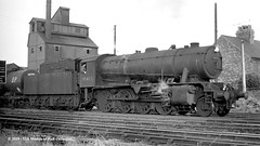 c.1964 - Hessle, East Riding of Yorkshire. (53A Models) Tags: britishrailways wd austerity 8f 280 90462 steam freight hessle eastyorkshire train railway locomotive railroad