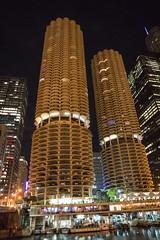 DSC02270 (sylviagreve) Tags: 2019 chicago chicagoriver chicagoriverwalk marinatowers