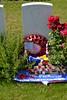 Dochy Farm New Cemetery (10) (v.detaille) Tags: ypres 19141918 grandeguerre belgiqueflandres poelkapelle passendale 1917 monuments cimetièresmilitaire cwgc coquelicot croix cemetery canadien francais anglais