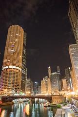 DSC02296 (sylviagreve) Tags: 2019 chicago chicagoriver chicagoriverwalk marinatowers