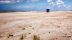 Am Strand(7)-Langeoog (Jürgen von Riegen) Tags: beach water clouds strand landscape island deutschland wasser wolken insel ostfriesland landschaft langeoog germany lumix fourthirds mirrorless micro43 lumixg9 sky himmel fourthirdsstrand