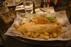 DSC_4617 Smithfield The Fox and Anchor English Pub London Cod Fish and Chips with Mushy Peas (photographer695) Tags: smithfield the fox anchor english pub london fish chips with mushy peas cod