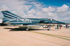 Dassault Mirage IIIRS R-2110 Fliegerstaffel 10 (Mark McEwan) Tags: dassault mirage mirageiiirs r2110 flst10 fliegerstaffel10 swissairforce schweizerluftwaffe reconnaissance recce aviation aircraft airplane military riat riat2003 royalinternationalairtattoo raffairford fairford