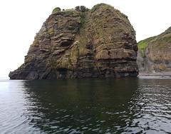 Faulted sea stack north of Latheronwheel. (Shandchem) Tags: sea kayaking latheronwheel stack fault