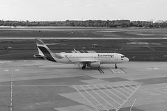 Duesseldorf_Airport_10 (rhomboederrippel) Tags: rhomboederrippel fujifilm xe1 june 2018 europe germany düsseldorf airport eddl dus airbus daewr a320 bw monochrome eurowings