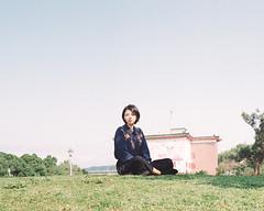 https://www.instagram.com/kaku_foto/ (カク チエンホン) Tags: film kodak portra400 portrait people pentax 67 taiwan taipei girl