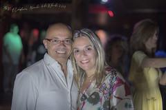 Amigos (José Luis Llagas) Tags: portrait retratos fiestas karaokes animadores fiestaskaraoke nochesdekaraokes nochesdeamigos sábadosdekaraoke fronterahuelva huelvakaraokes nikon nikkor