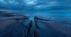 Summernight at the sea (Fjällkantsbon) Tags: ångermanland sverige högakusten evamårtensson rotsidansnaturreservat angermanland hogakusten nordingrå västernorrlandslän seascape bluehour panorama longexposure