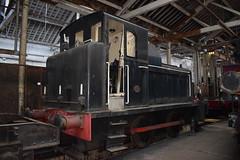 Class 01 D2956 at Bury (colin9007) Tags: eastlancashirerailway elr bury baron street buckley wells east lancashire railway diesel gala br barclay gardner class 01 shunter d2956 bolton
