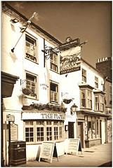 The Plough, Towcester (Jason 87030) Tags: 1718 2019 plough pub inn boozer tavern mono treatment bw bbw drink beer social building architecture ton uk northant northamptonshire england english glitter olde sign windows shot shoot