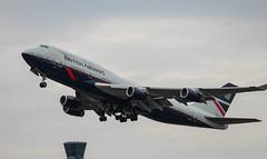 British Airways - Boeing 747-400 - London Heathrow (phil_king) Tags: aircraft aeroplane airliner aviation boeing 747 400 british airways retro landor livery departure takeoff london heathrow airport england uk