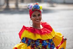 Parade tropicale. Paris, juillet 2019 (Bernard Pichon) Tags: paris france bpi760 fr75 parade dance musique folklore