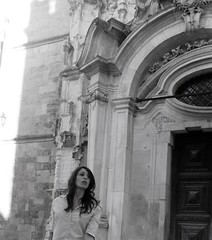 Santa Cruz Monastery (Coimbra, Portugal) (cami.carvalho) Tags: church igreja monastery mosteiro people portrait retrato rapariga girl expressão expression look