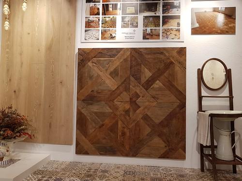 parquet-reclaimed parquet-de-roble- antiguo panel-Louvre-bordeaux Louvre-panel-bordeaux-reclaimed-oak madera recuperada panel-Louvre-roble-antiguo