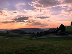 Abendstimmung (Martinus VI) Tags: oberhünigen abendstimmung evening soirée soir kanton de canton bern berne berna berner bernese schweiz suisse switzerland suiza svizzera swiss hillside martinus6 martinus6xy martinus martinusvi y190707