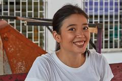 Bangkok – Smiling (Thomas Mülchi) Tags: 2019 bpg bangkokphotographersgroup photowalk krungthonphotowalk bangphlat bangphlatdistrict thailand krungthon bangkok people person women bangkokmetropolitanregion happyplanet asiafavorites