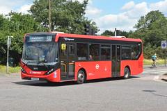 YX17 NXG (36642) Stagecoach London (hotspur_star) Tags: londonbus londontransport londonbuses londonbuses2019 380 tfl transportforlondon singledeck hybridbus 36642 hybridtechnology stagecoachlondon alexanderdennisltd enviro200hmmc yx17nxg busscene2019