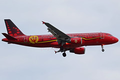 OO-SNA (Boris.Motel) Tags: airbusa320214 brusselsairlines oosna txl red devils aircraft flugzeug airport flughafen berlin speciallivery