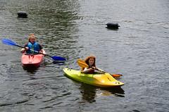 RJB_0099.jpg (Snoop Baggie Bag) Tags: stainesuponthamesday thames amélie 2019 stainesuponthames kayak