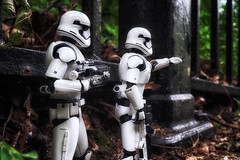 The Lost Patrol (Gary Burke.) Tags: stormtrooper empire imperial starwars movie soldier villain evil lucasfilm scifi film sciencefiction shfiguarts actionfigure armor military lucas character lucasfilms imperialstormtrooper galacticempire toy firstorder toys toyphotography sony a6300 mirrorless sonya6300 macro soldiers bandai shf figuarts outdoor details ny newyork klingon65 garyburke disney starwarstoy starwarsactionfigure tamashiinations firstorderstormtrooper lost woods forest park nycpark alleypondpark bayside alleypond oaklandgardens queens fun summer patrol