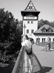 Insel der Jugend (triebensee) Tags: bronicarf645 zenzanon 65mm f4 ilforddeltapro400 kodakhc110 dilutionb epsonv700 film berlin